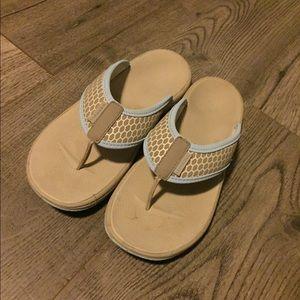 Ladies Merrell flip flops!